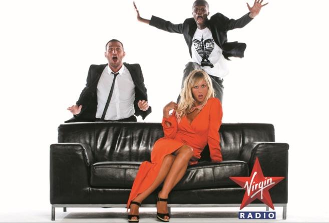 Sur Virgin Radio, Enora Malagré écoute les auditeurs © Anthony Ghnassia / Vision By AG