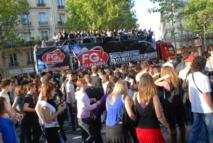 FG dans la Technoparade