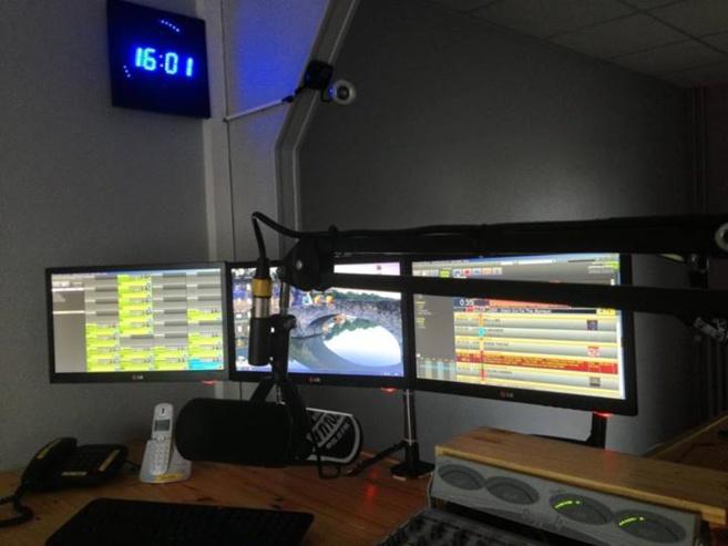 Open Radio est utilisé à Radio Sensations, Plus FM, Metropolys, RVM, Radio Cristal, Flor FM, Radio Pluriel, Delta FM ou comme ici à Radio Latitude à Troyes