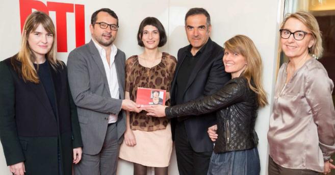 Marion Larat a reçu ce vendredi 7 mars son prix des mains de Christopher Baldelli