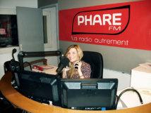 Myriam une des célèbres voix de Phare FM