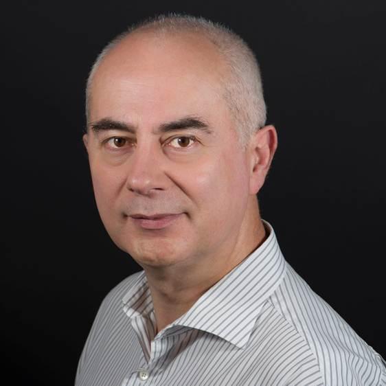 Thierry Gandilhon vient de rejoindre Netia en tant que directeur général. Son obsession : rendre très simples des environnements toujours plus compliqués.