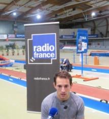 """Lavillenie, """"sportif français de l'année 2014"""" des auditeurs de Radio France"""