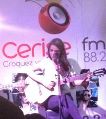 Emma Daumas sur Cerise FM