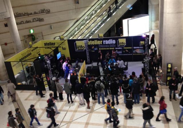 L'Atelier radio de France Info au Forum des Halles