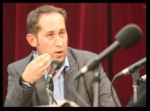 Jean-Yves Breteau, président de la CNRA, veut que l'on se souvienne que la radio associative représente une force avec laquelle il faut compter.