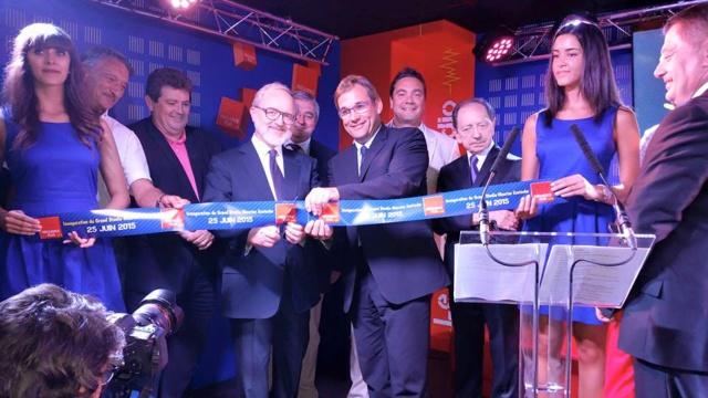 """""""Avec un investissement des près de 800 000 euros, Fréquence Plus se donne les moyens de rester la première radio du Jura et de réussir son déploiement vers le numérique"""" note la station"""