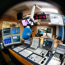 Le studio de Radio Contact