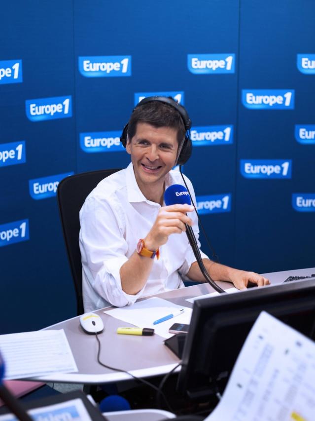 Europe 1 Matin, emmené par Thomas Sotto, a enregistré cette saison son meilleur score depuis 4 ans avec 3 113 000 auditeurs sur un an soit une progression de 74 000 auditeurs © Vision by AG