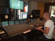 Oliver Klenk recording à Paris