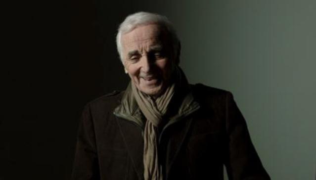 Charles Aznavour se limitera à un duo avec Kendji Girac sur la scène des NRJ Music Awards