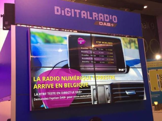 Le DAB+ en démonstration au stand de la RTBF au Salon de l'auto - © Tous droits réservés