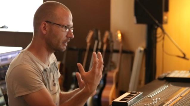 Oliver Klenk, le compositeur et producteur de Benztow