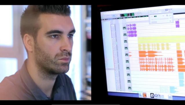 Raphaël Dauce est le producteur son de Hit West. Il adapte les éléments d'habillage au quotidien