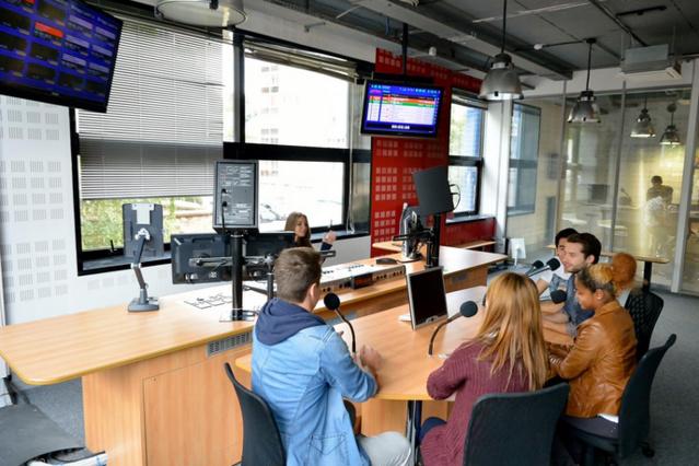 Jeudi prochain, les étudiants quitteront les locaux d'Issy-les-Moulineaux pour s'installer dans la salle plénière au siège du CSA