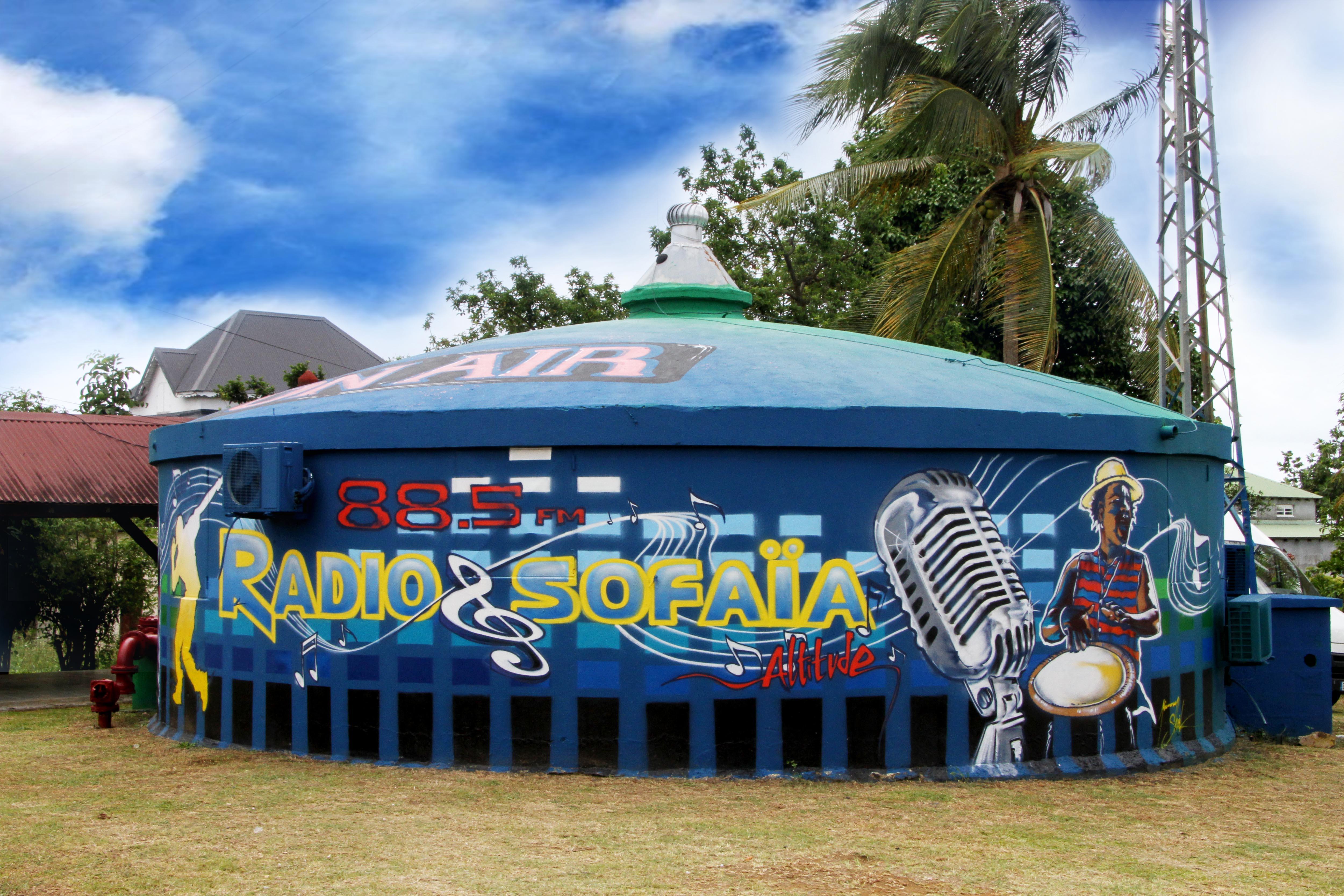 Les studios de RSA à Sainte-Rose (Guadeloupe).