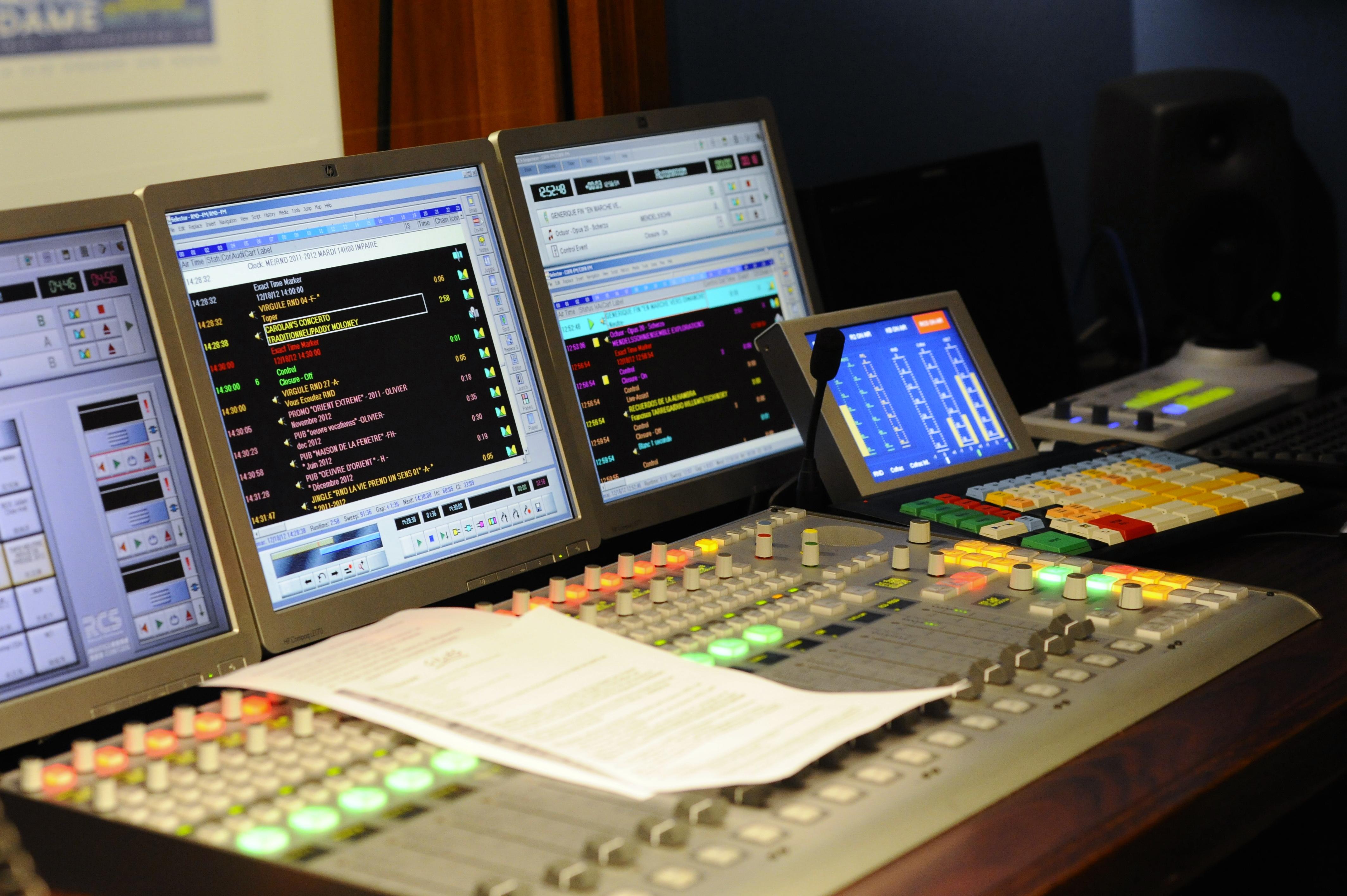 Un des studios de Radio Notre Dame à Paris © Laurence de Terline