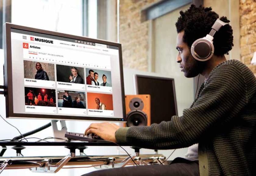 La vidéo occupe une place majeure sur RFI Musique. Les utilisateurs du site peuvent ainsi assister facilement aux émissions musicales captées dans le Grand Studio ou tournées lors de délocalisations