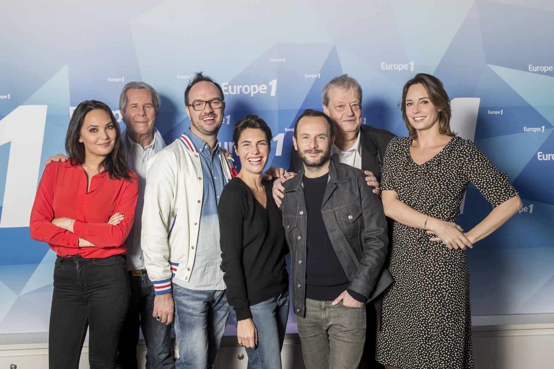 """L'équipe de """"La Cour des Grands"""" avec Alessandra Sublet s'installe au Festival de l'Alpe d'Huez © Eric Frotier de Bagneux Capa Pictures"""