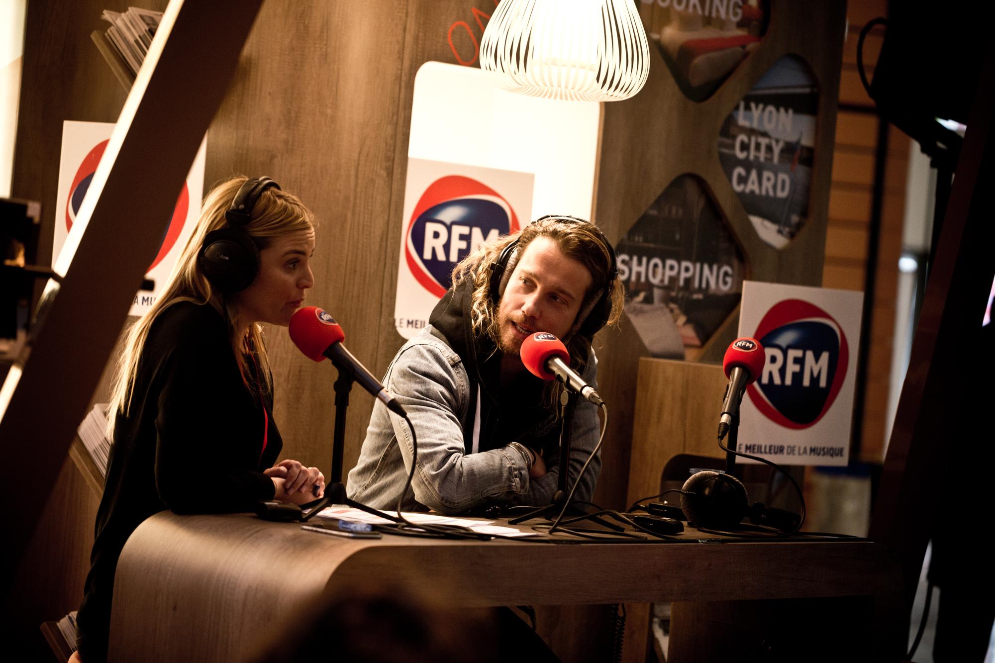 Justine Fraïoli avec Julien Doré, le 20 janvier dernier à Lyon ©Guilhem Canal