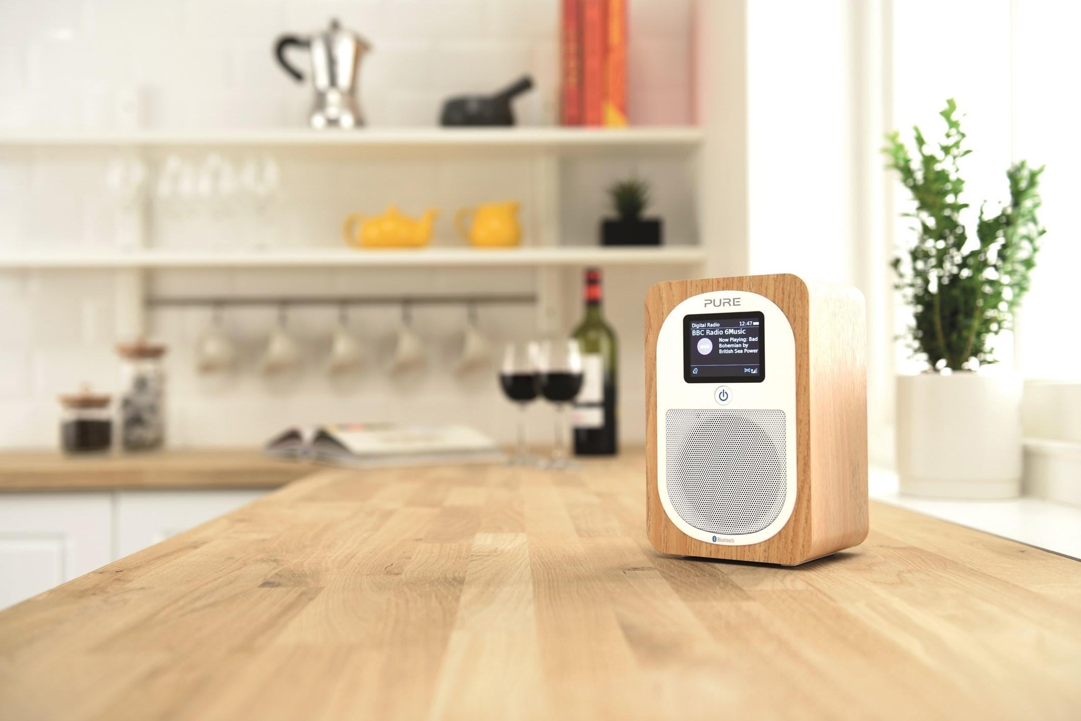 L'Evoke H3 est une radio numérique et FM portative avec Bluetooth et un écran riche en couleurs