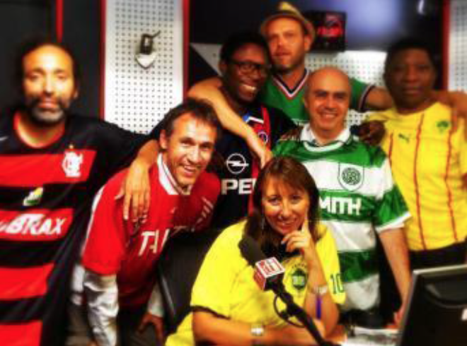 """L'équipe de """"Radio Foot Internationale"""" sur RFI"""