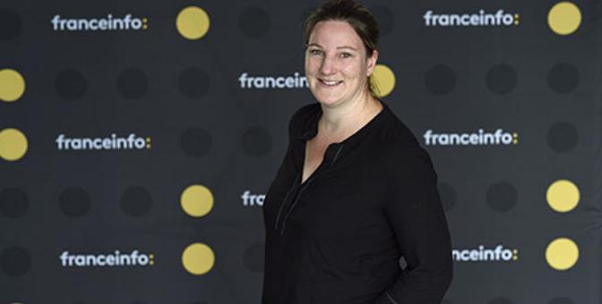 Solenne Le Hen est journaliste au service économique de franceinfo, en charge des questions d'éducation © Christophe Abramowitz