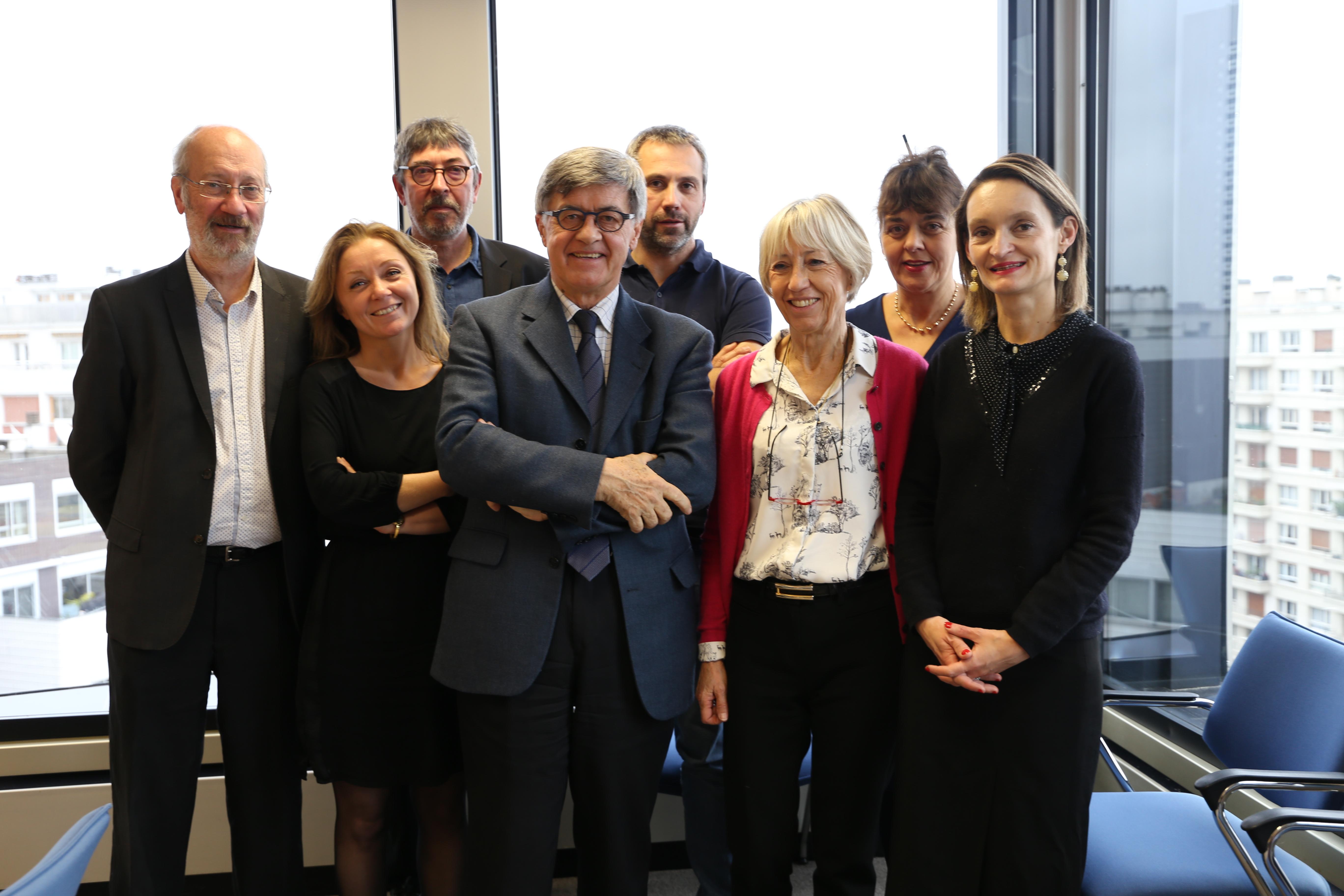 Le président du CTA de Paris, André Schilte, et la secrétaire générale, Angélique Ursulet, accompagnés des membres du CTA.