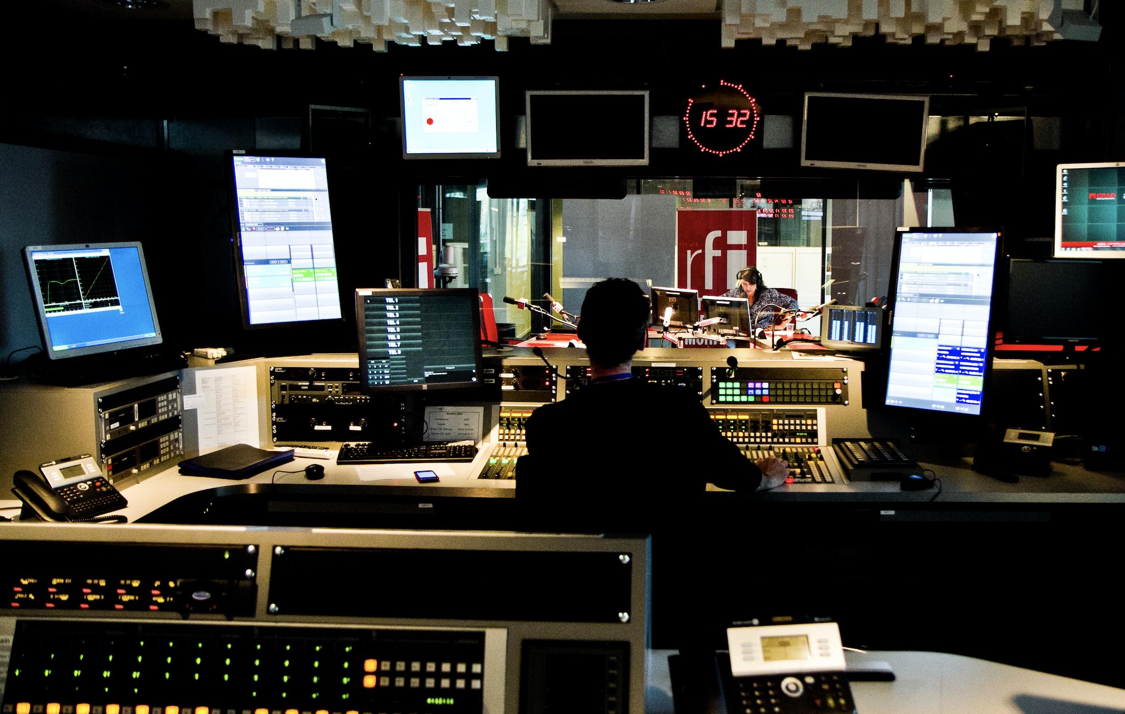 RFI poursuit son développement numérique au Brésil