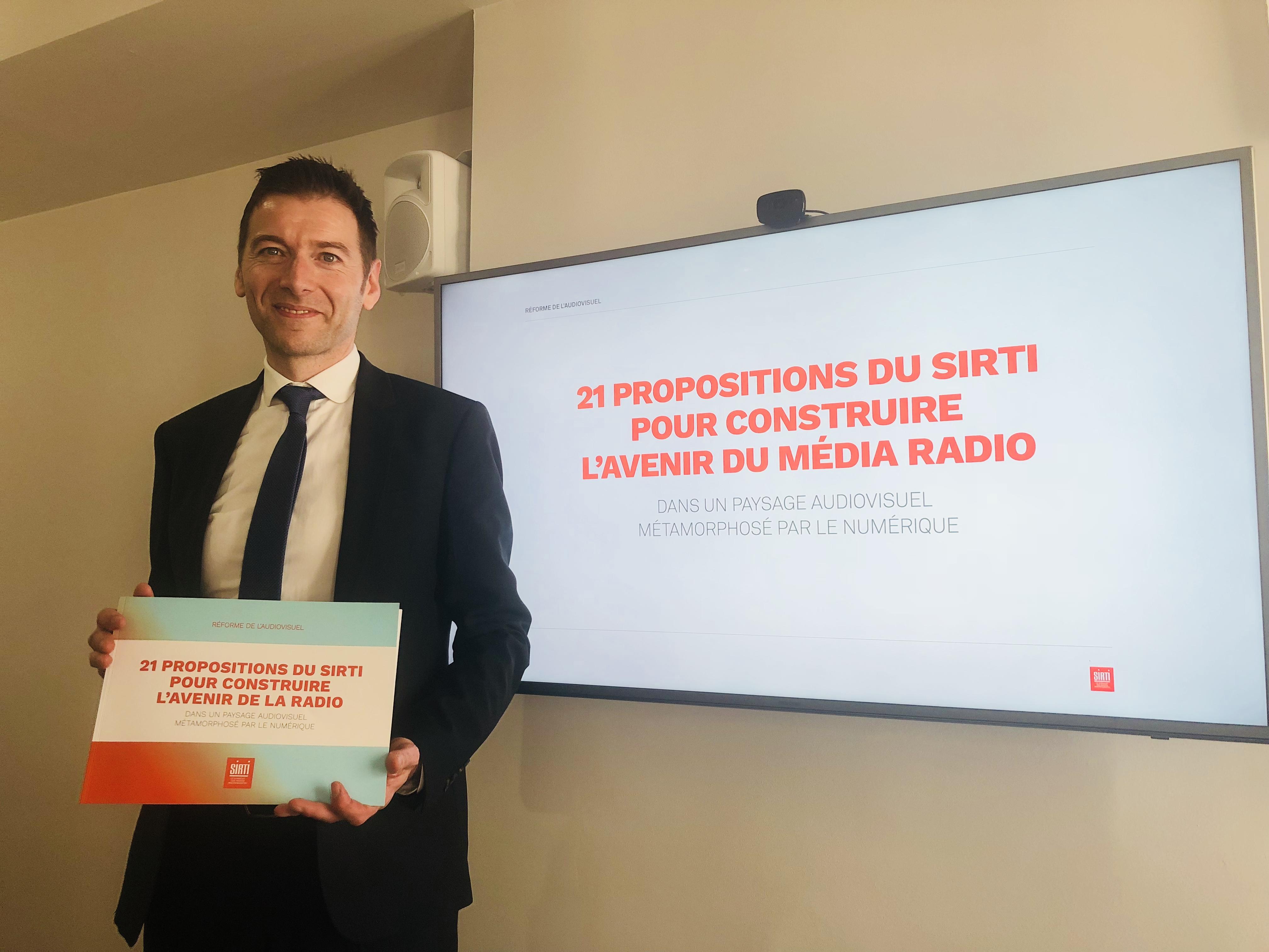 Alain Liberty a présenté les 21 propositions du SIRTI qui seront remises à la commission parlementaire