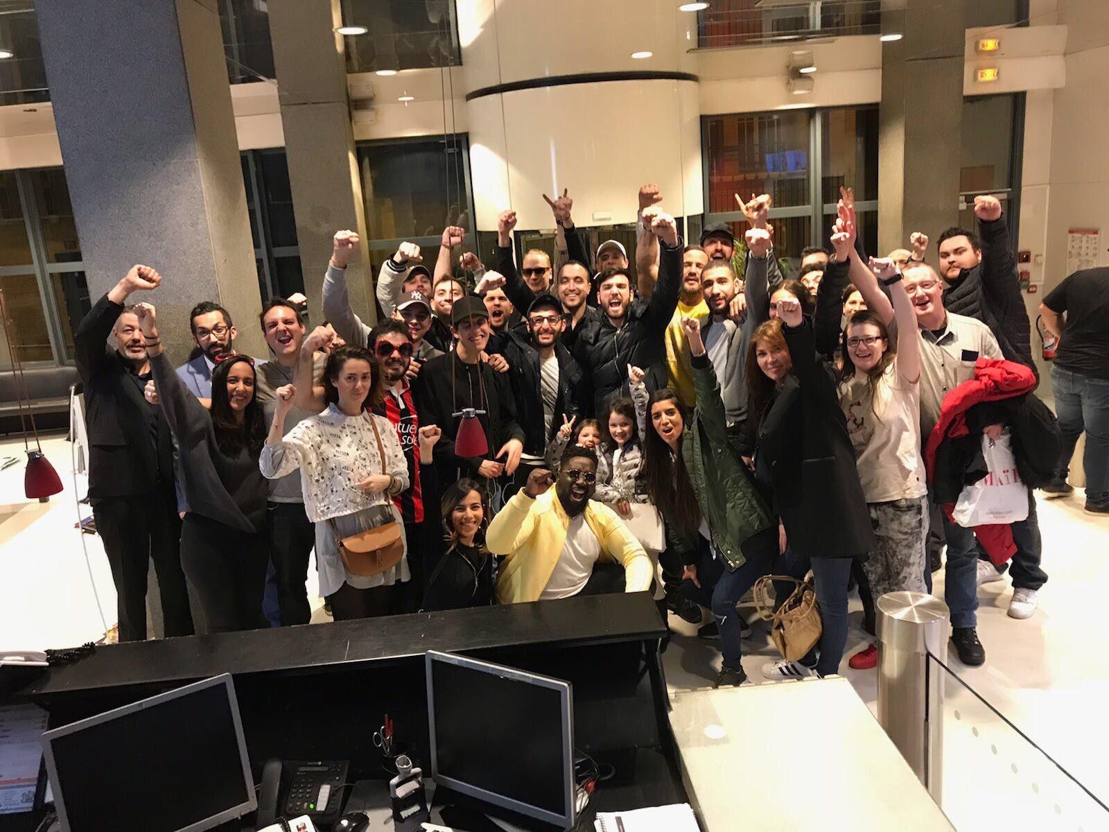 L'équipe du Rico Show Challenge, après 45h de direct. © D.R.