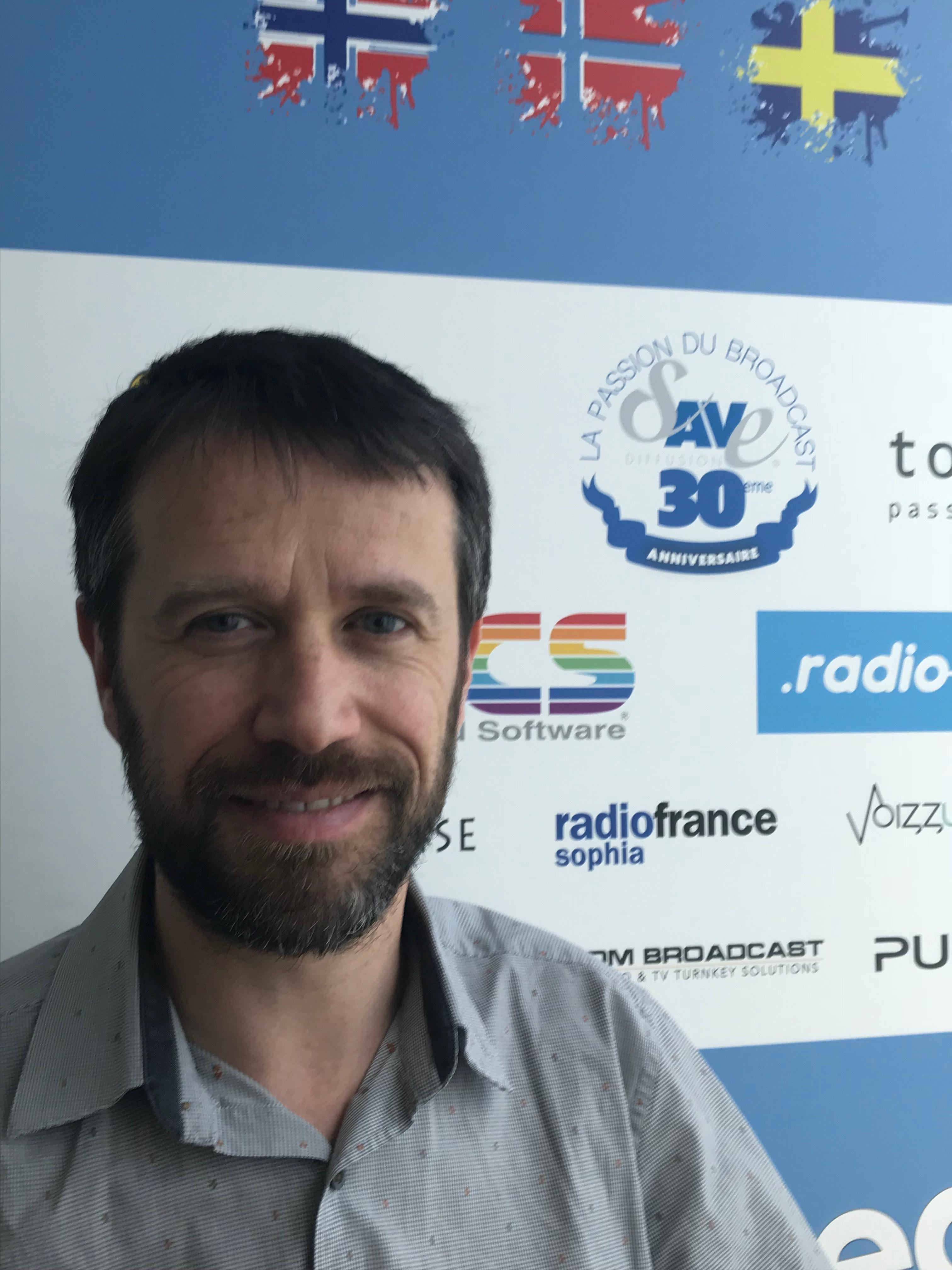 Paul Guibouret dirige Save Diffusion et lit La Lettre Pro de la Radio