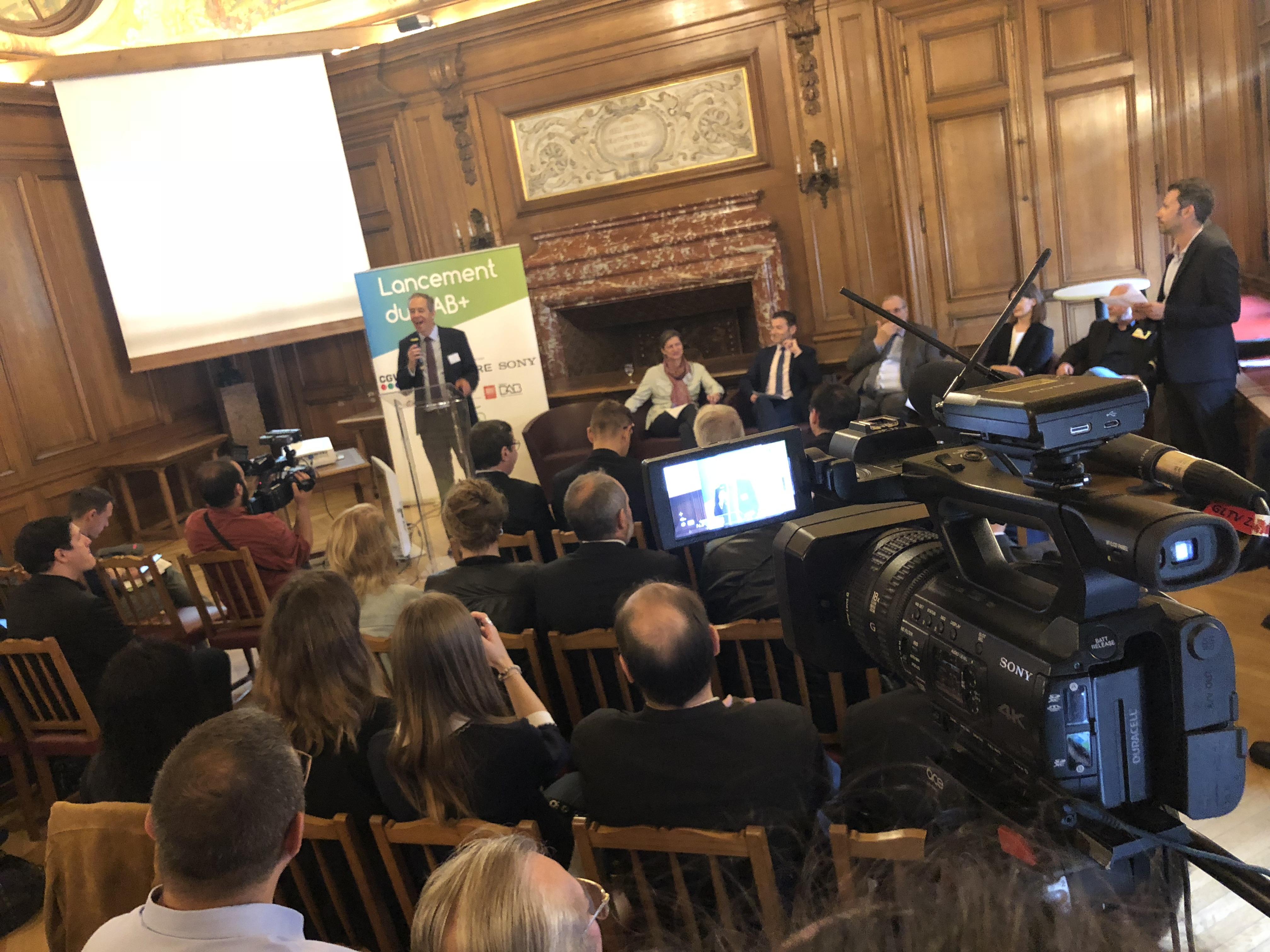 Le lancement du DAB+ dans les Hauts-de-France est également soutenu par des acteurs économiques dont des fabricants de matériel audio tels que Pioneer, Pure ou Sony @ Serge Surpin / La Lettre Pro de la Radio
