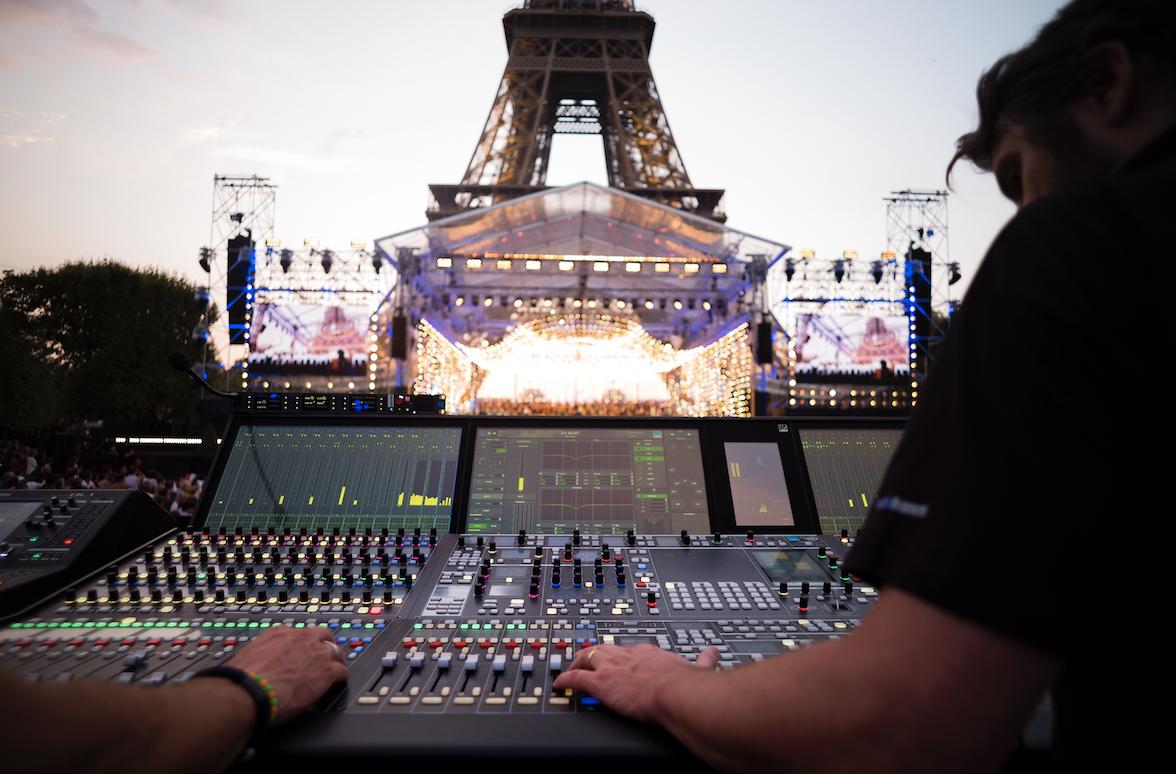 La spectaculaire mc²96 de Lawo @ Christophe Abramowitz / Radio France