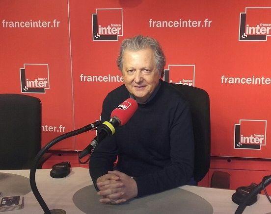 """Pierre Haski reprend """"Géopolitique"""". (Photo Twitter)"""