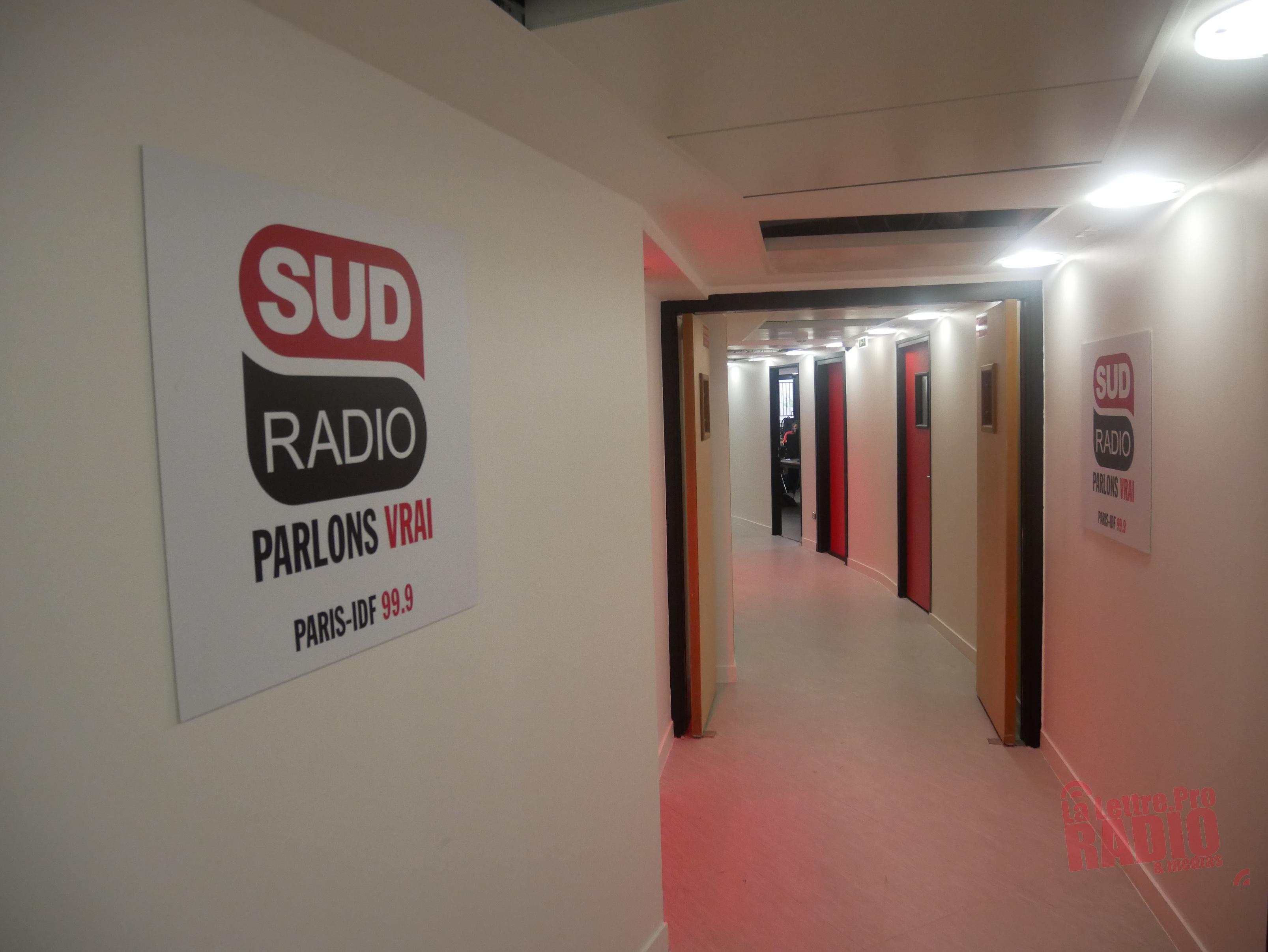 Sud Radio dispose de deux étages, entièrement rénovés, dans l'immeuble 104 Kennedy, près de la Maison de la Radio / Photo François Quairel