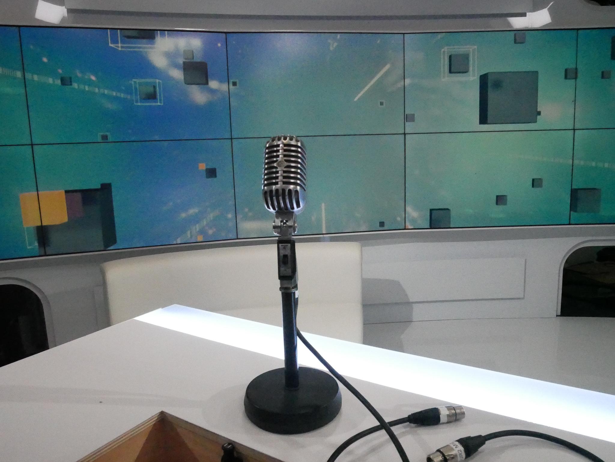 La studio de l'invité politique de JJ Bourdin sur RMC et BFM TV / Photo François Quairel