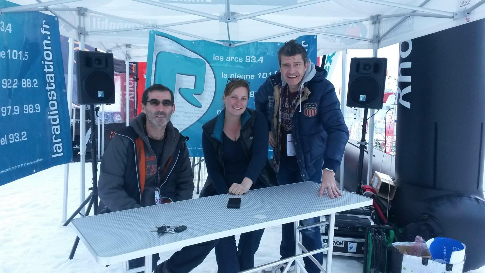 La dream team de R' prête à informer les skieurs. ©R' La radiostation