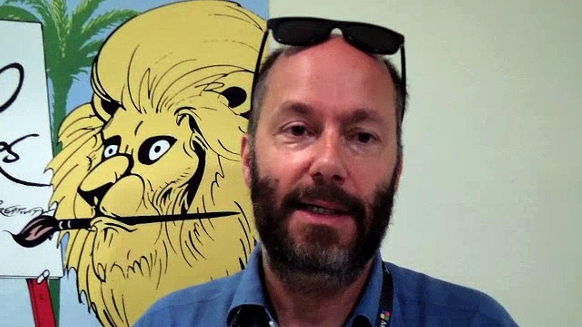 Paul Wauters écrit des histoires audio depuis 15 ans, il est passé notamment par l'agence TBWA. / Photo Dailymotion