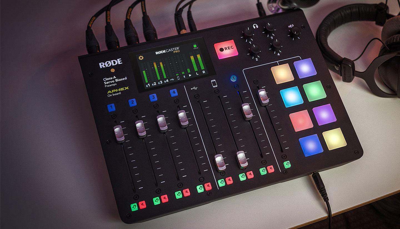 Le MAG 107 - Idées de cadeaux très… radio !