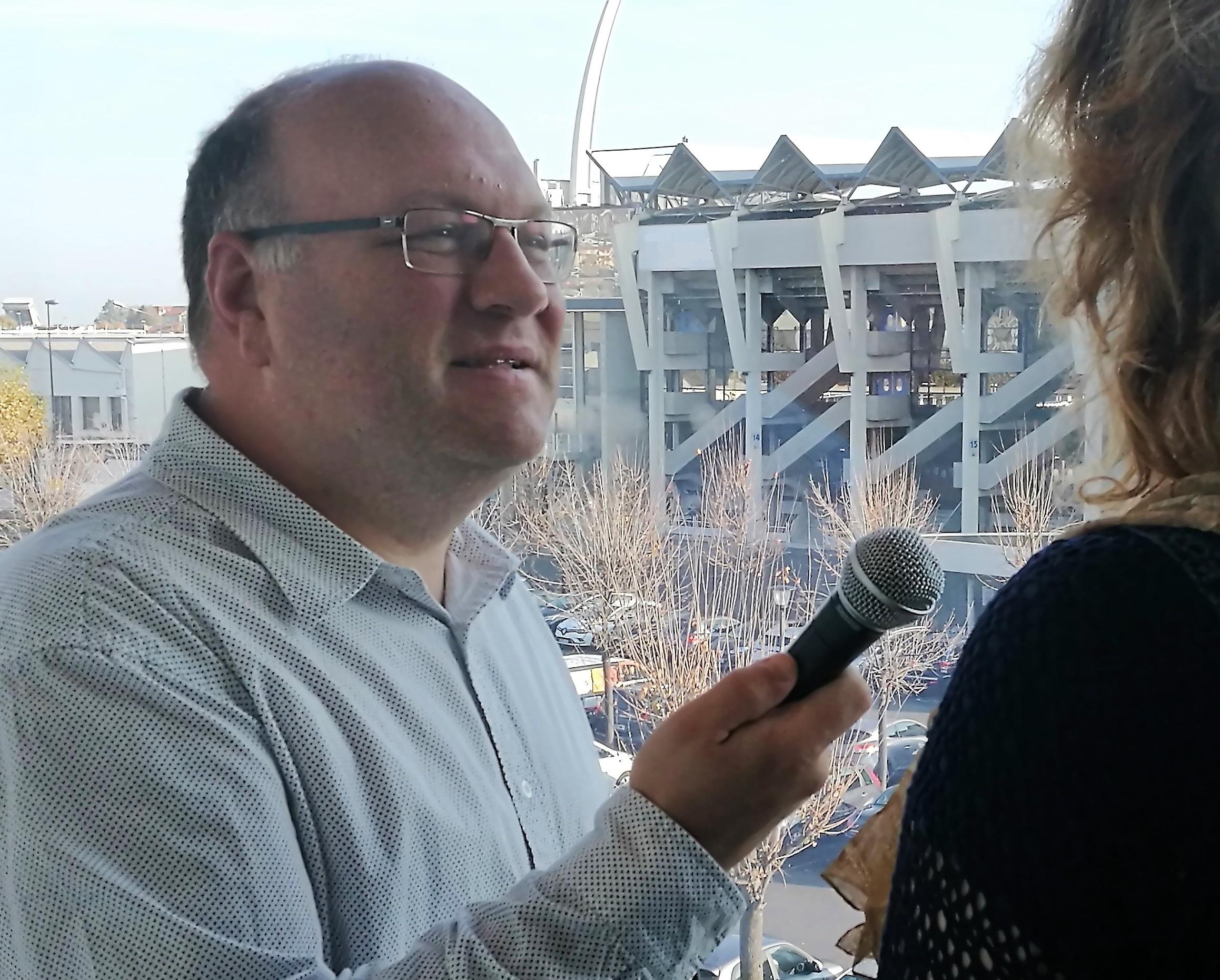 Frédéric Torrent a lancé son École du Micro, après trente années de journalisme radio.