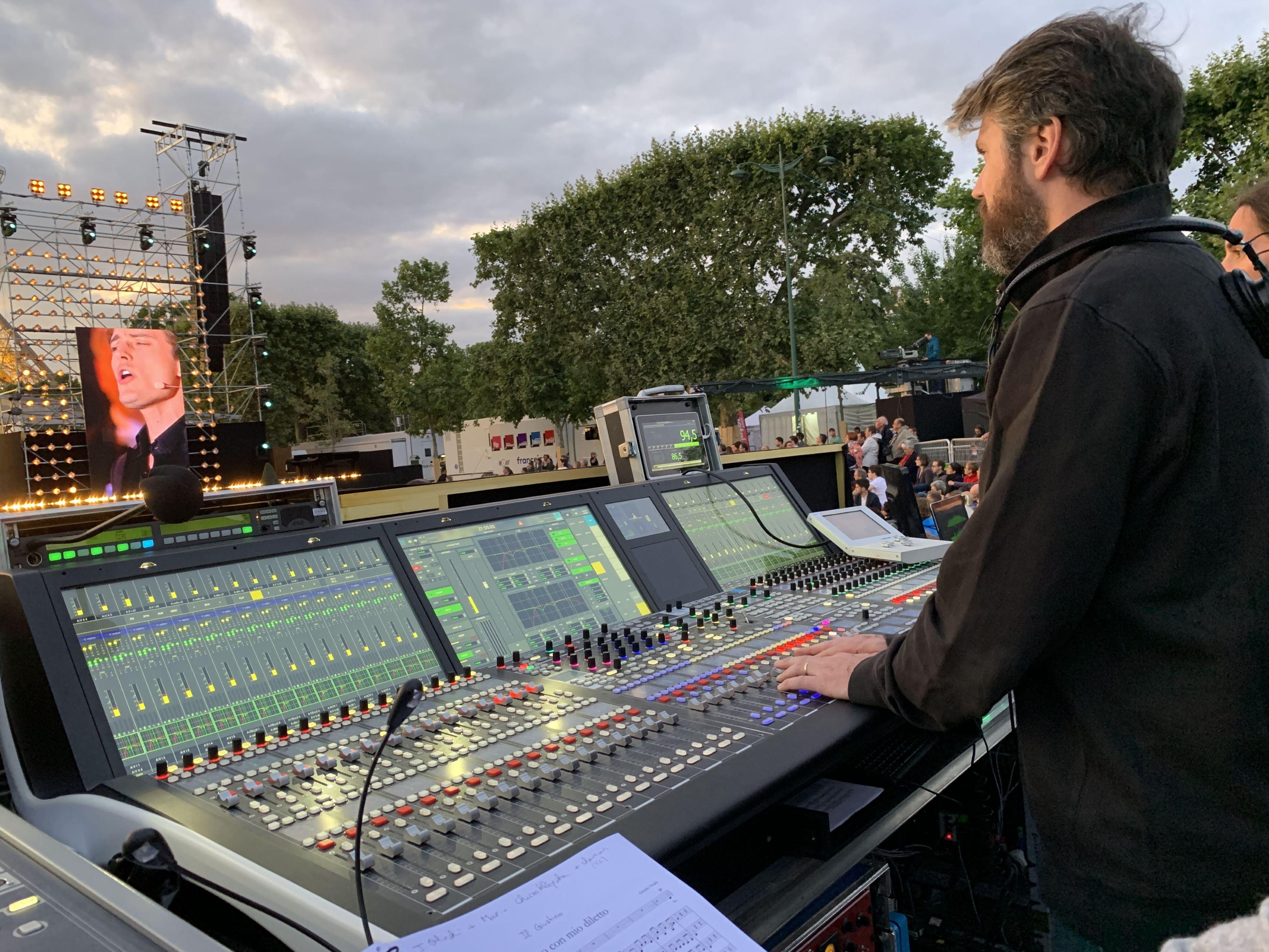 Le Concert de Paris aura mobilisé 200 musiciens et 450 techniciens