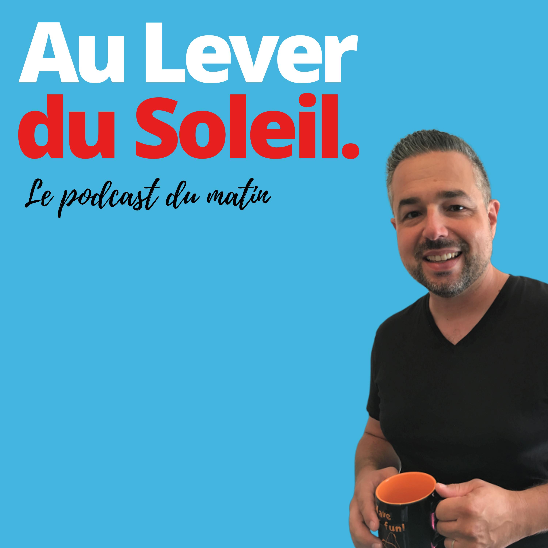 """Le podcast """"Au lever du Soleil"""" est produit par une petite équipe passionnée. Il se positionne comme """"professionnel et indépendant"""""""