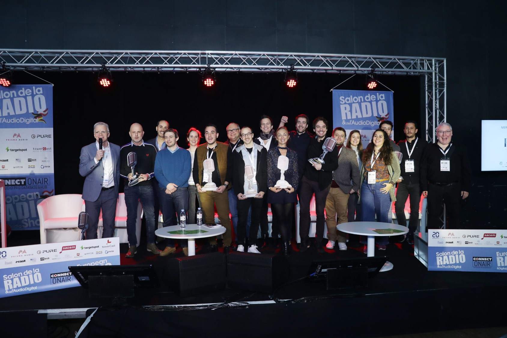 L'ensemble des professionnels de la publicité récompensés par un Grand Prix Radio de la Pub au Salon de la Radio et de l'Audio Digital.