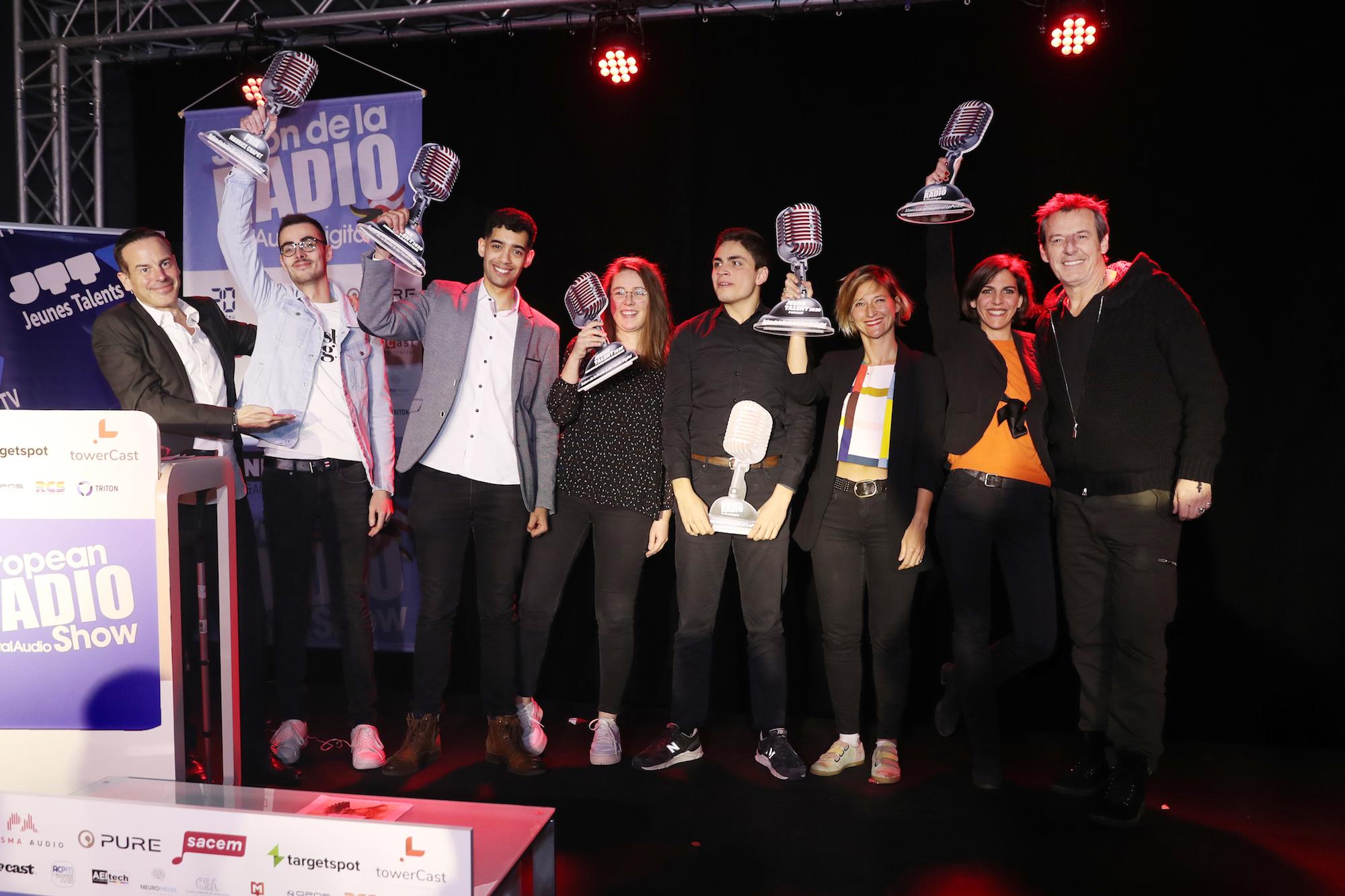 Les 5 gagnants de la finale des Jeunes Talents de la Radio avec Rémi Castillo et Jean-Luc Reichmann