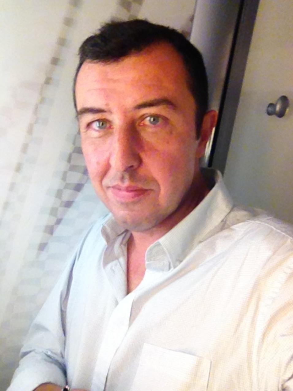 Jean-Charles Verhaeghe intervient chaque jour dans de nombreuses radios françaises et européennes