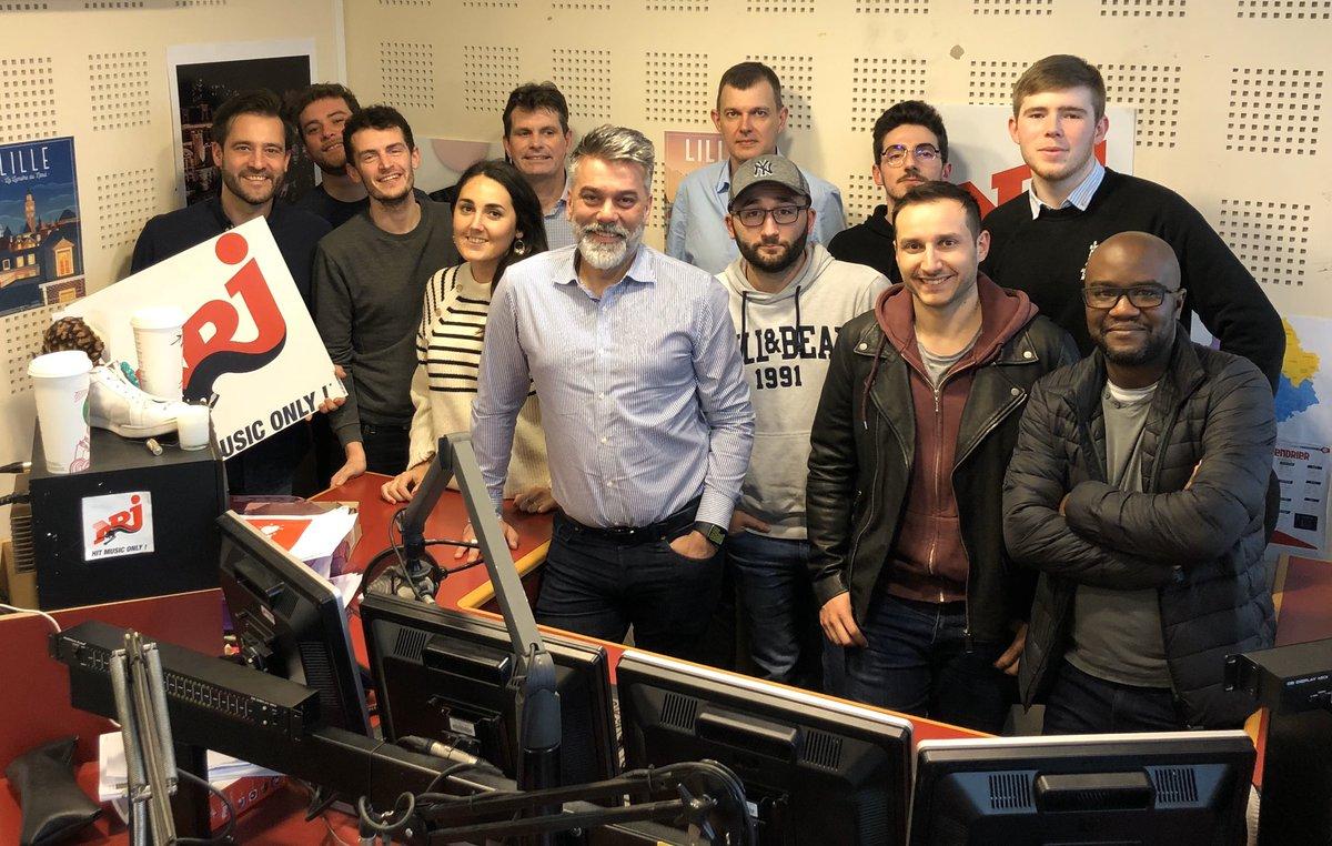 Les équipes des stations du groupe NRJ à Lille / Photo Jérôme Delaveau / Twitter