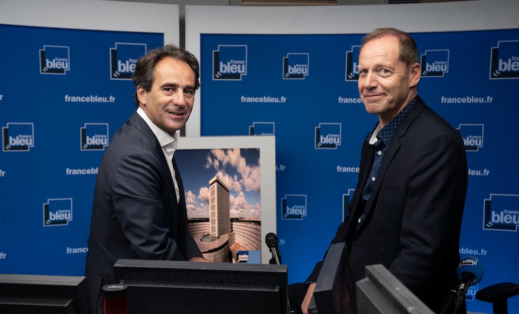 Jean-Emmanuel Casalta, directeur de France Bleu avec Christian Prudhomme, le directeur du Tour de France © Christophe Abramowitz