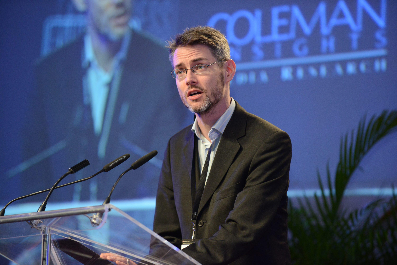 """James Cridland édite le bulletin digital """"Podnews"""" qui prend quotidiennement  le pouls du marché international du podcast."""