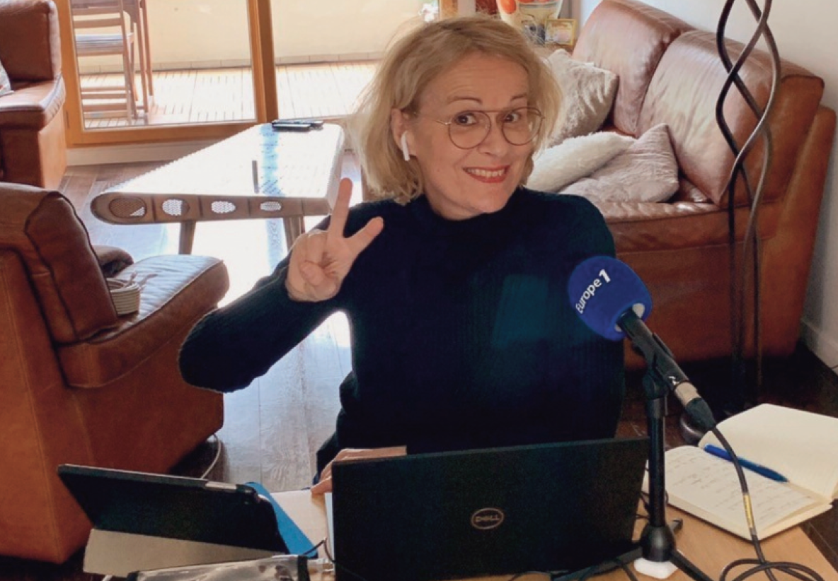 Le télétravail à ses amis et ses détracteurs. Pour autant, il semble progressivement s'installer y compris dans le monde de la radio comme ici avec Isabelle Millet d'Europe 1 pendant le confinement.